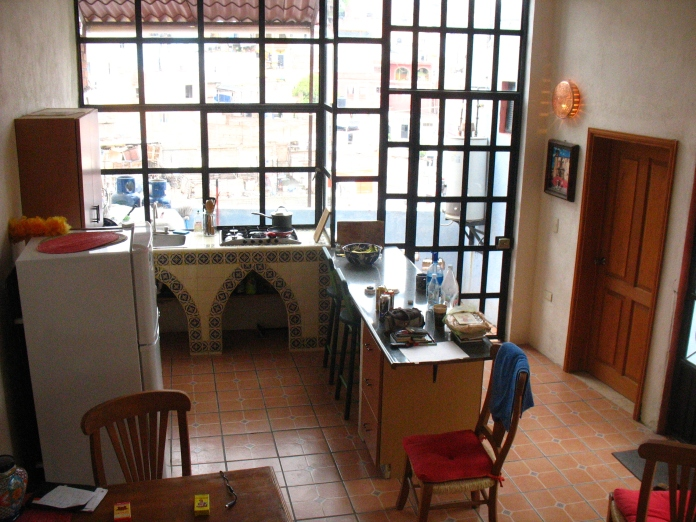 Kitchen of the Rogue Casona.