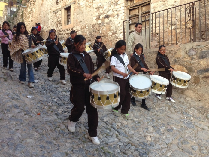 Kids practicing for a parade. Their brass section was better than the one in the Procession of Silence. Photo by André.