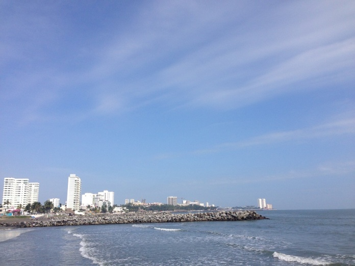 The skyline of either Veracruz or Corpus Christi. Photo by André.